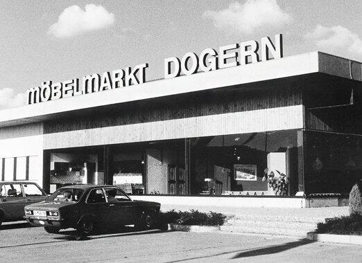 1974 - Neueröffnung des Möbelmarkts Dogern