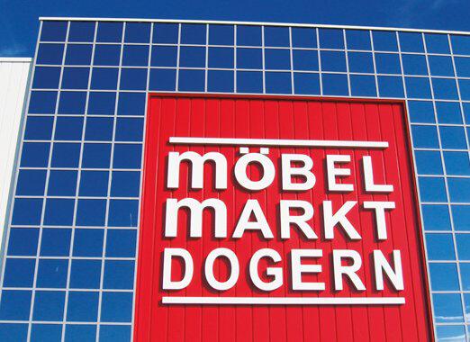2006 - Erweiterung des Möbelmakrt Dogern auf 27.400 m² inklusive Kinderland und Bistro