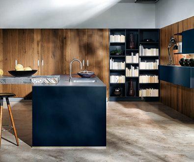 Moderne Küche in Indigo-Blau und EIche