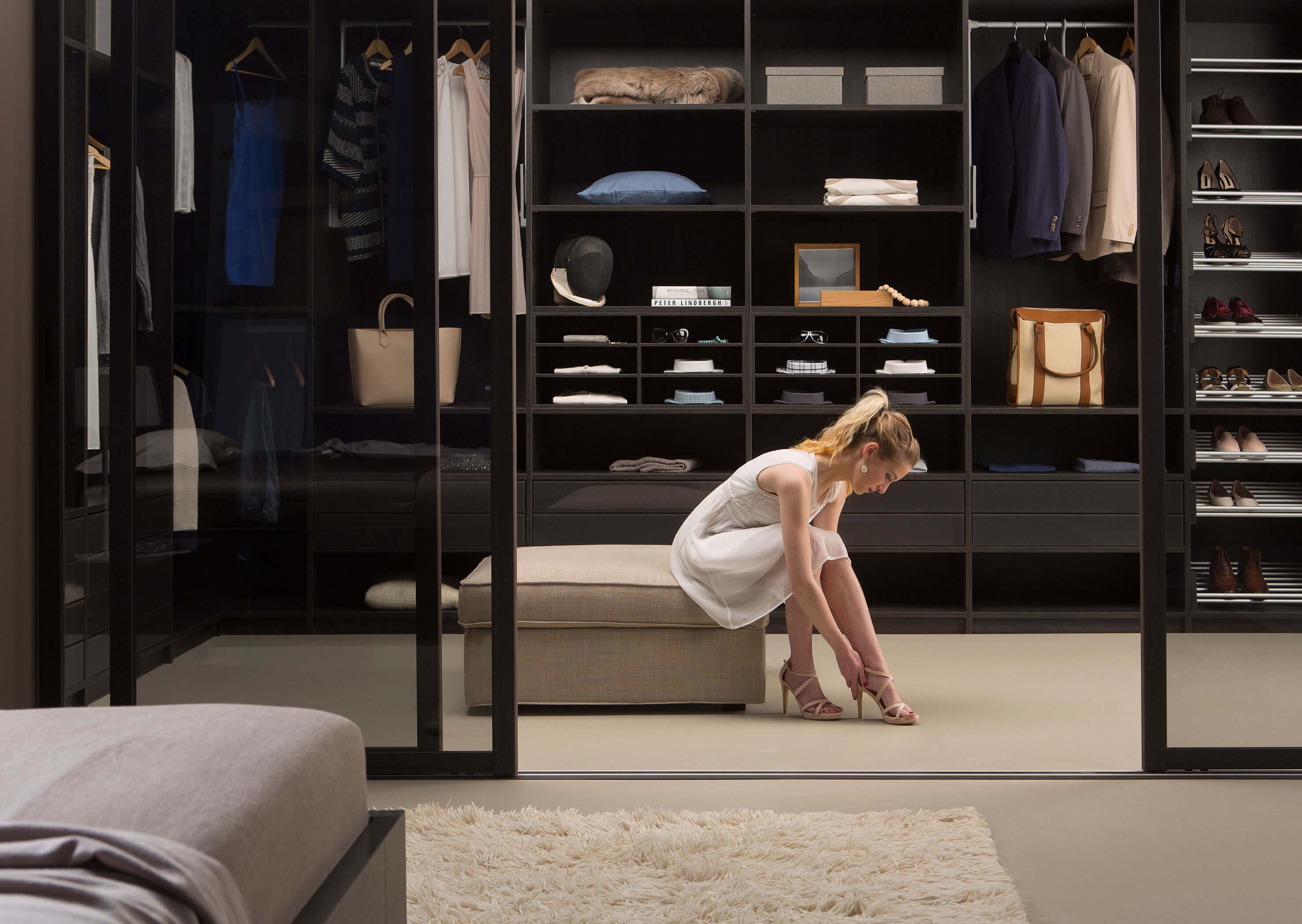 kleiderschr nke schlafzimmerschr nke kaufen im. Black Bedroom Furniture Sets. Home Design Ideas