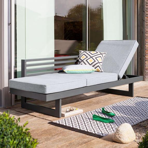 gartenliegen sonnenliegen kaufen im m belmarkt dogern. Black Bedroom Furniture Sets. Home Design Ideas