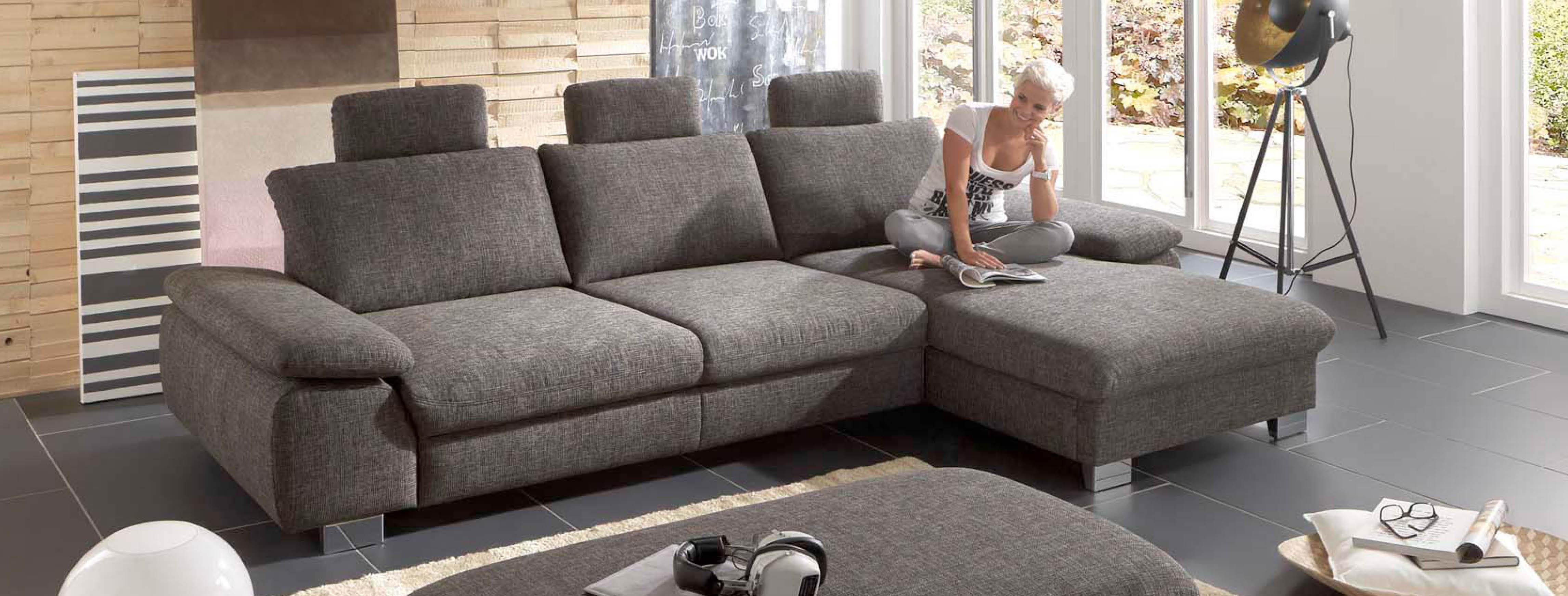 moebelmarkt dogern sofas stoff vs leder 3 m belmarkt. Black Bedroom Furniture Sets. Home Design Ideas