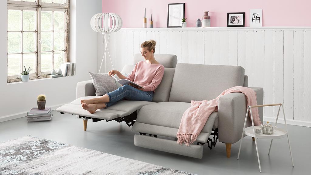 Kleines Wohnzimmer, große Wirkung – 9 Tipps | moebelmarkt.com ...