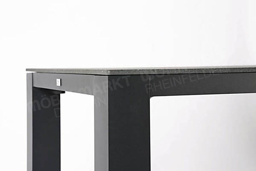 Tisch Livorno
